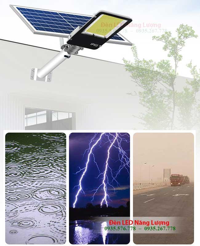 đèn đường năng lượng mặt trời 200w chống chịu mọi loại thời tiết nắng mưa sét