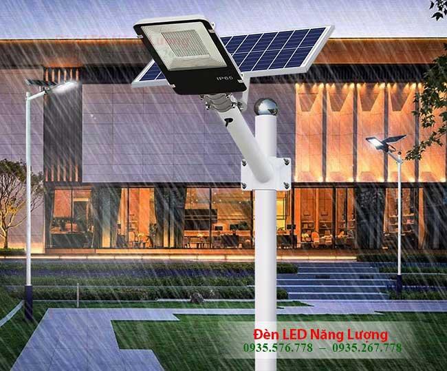 đèn đường năng lượng mặt trời 200w chống nước tốt