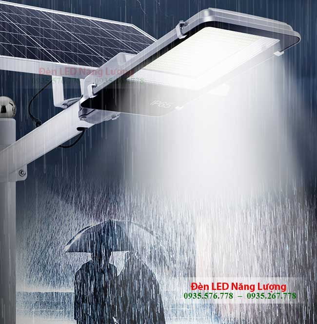 đèn đường năng lượng mặt trời 30w chống nước tốt