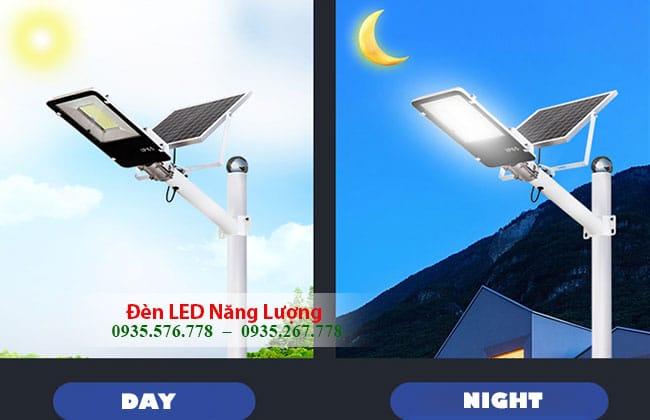 đèn đường năng lượng mặt trời 50w tự động sáng khi về đêm