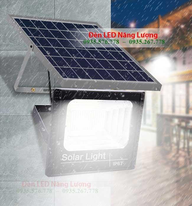đèn cổng năng lượng mặt trời chống nước tốt 2
