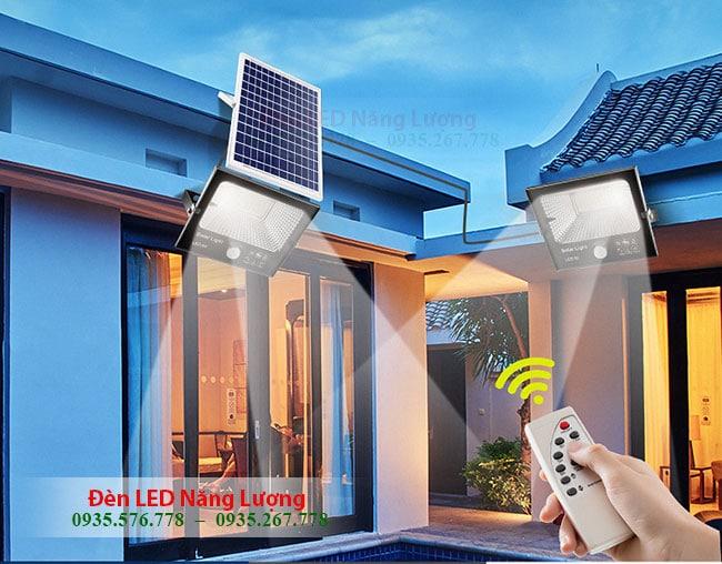 đèn năng lượng mặt trời 100w giá rẻ có remote điều khiển