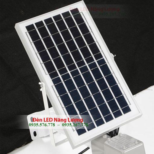 pin năng lượng mặt trời của đèn led đường