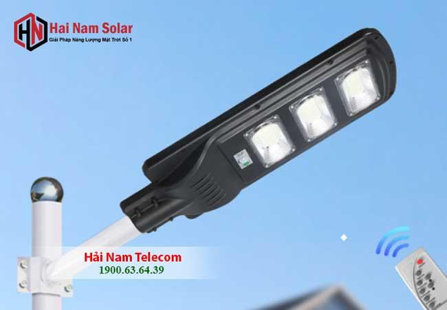 Đèn Năng Lượng Mặt Trời Liền Thể 200W Giá Rẻ - Công suất thật