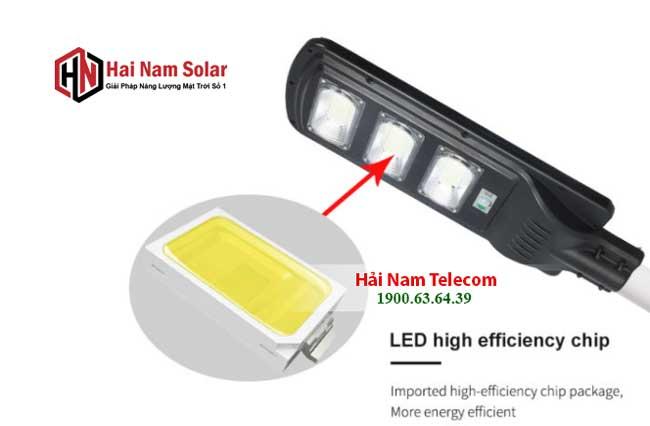 den nang luong mat troi lien the 200w solar light 3