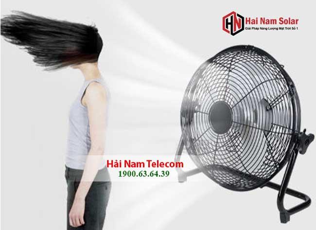 quat nang luong mat troi solar fan 5 canh chinh hang 1